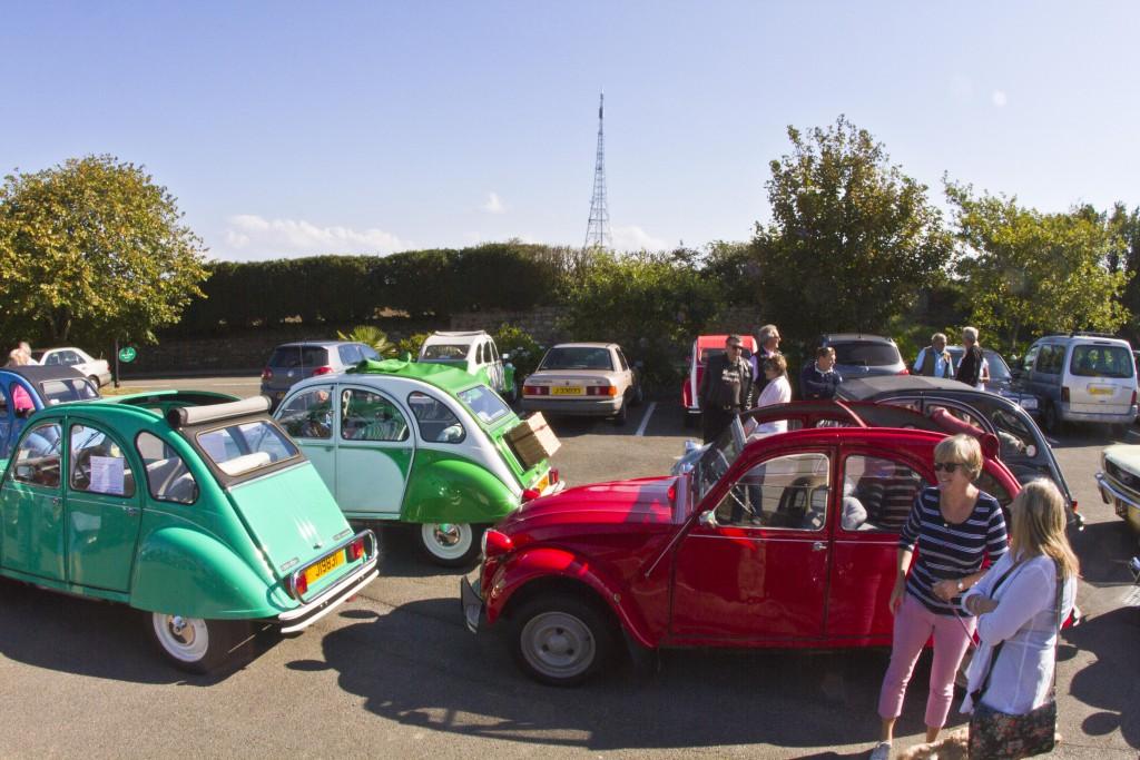 2cvs gatecrashing the classic car meet